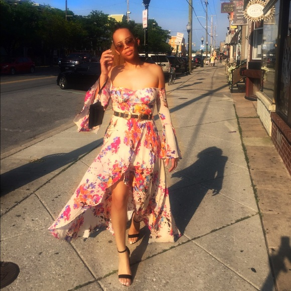 Fashion Nova Dresses & Skirts - Fashion Nova floral dress